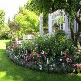 Klassischer Rosengarten